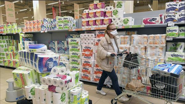 Coronavirus,  la carta igienica va a ruba in tutto il mondo - Sputnik Italia