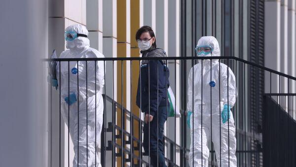 I medici hanno ricoverato un paziente che potrebbe essere positivo al coronavirus a Mosca - Sputnik Italia