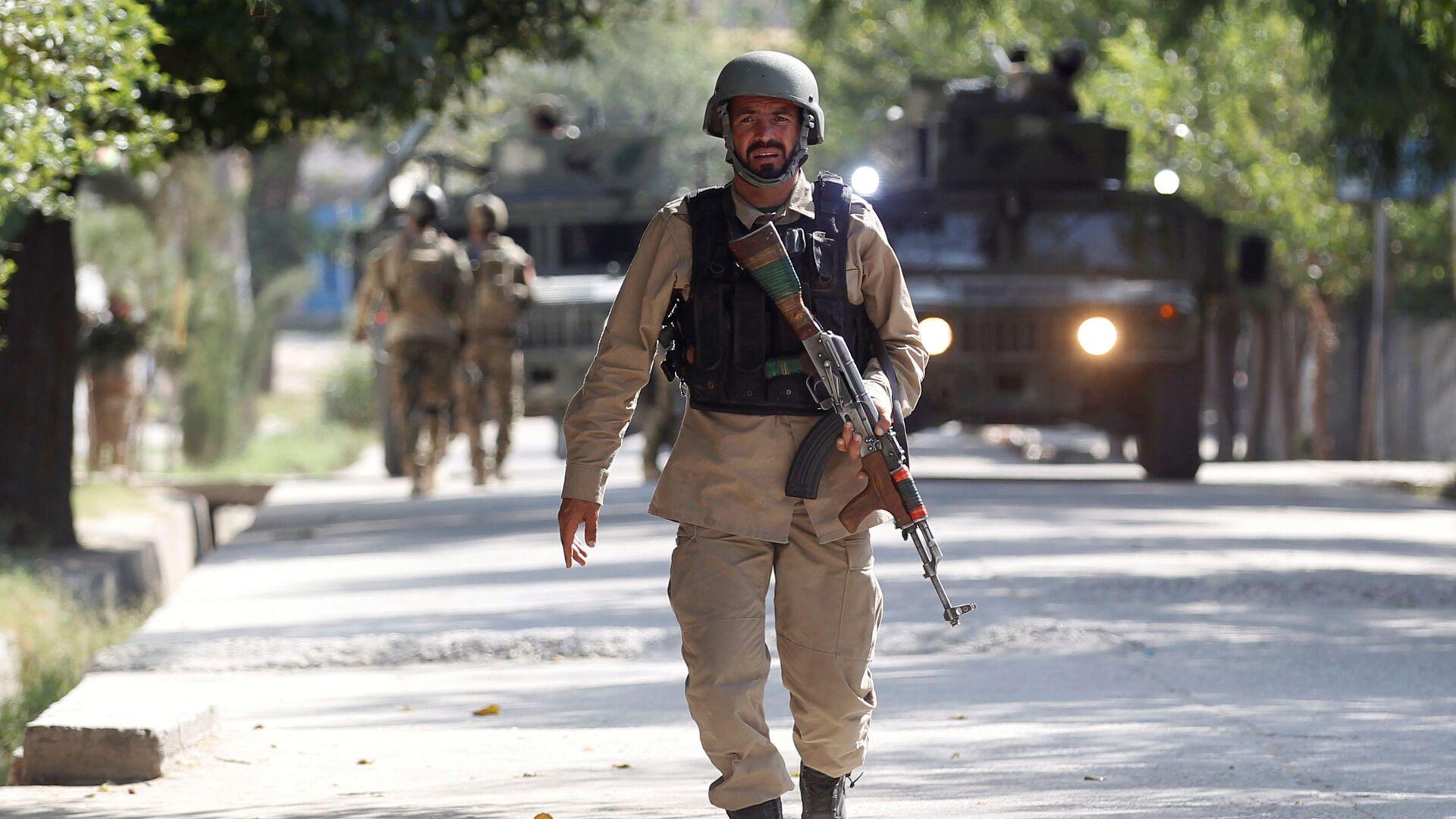 Ufficiale delle forze di sicurezza dell-Afghanistan (foto d'archivio) - Sputnik Italia, 1920, 04.05.2021