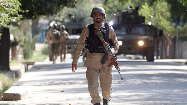 Ufficiale delle forze di sicurezza dell'Afghanistan (foto d'archivio) - Sputnik Italia