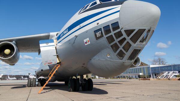 Aereo Il-76 - Sputnik Italia