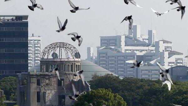 Le colombe alla ceremonia solenne in memoriam alle vittime di bomba atomica a Hiroshima - Sputnik Italia