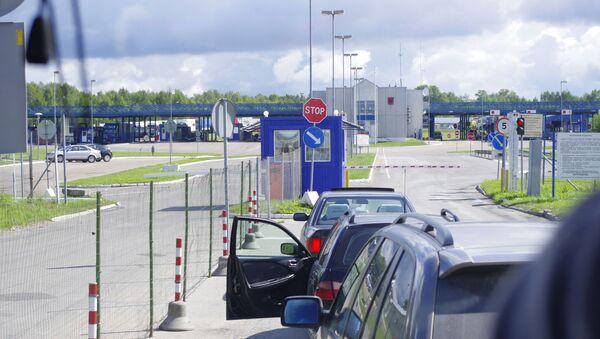 Punto di accesso Burachki al confine tra Russia e Lettonia - Sputnik Italia