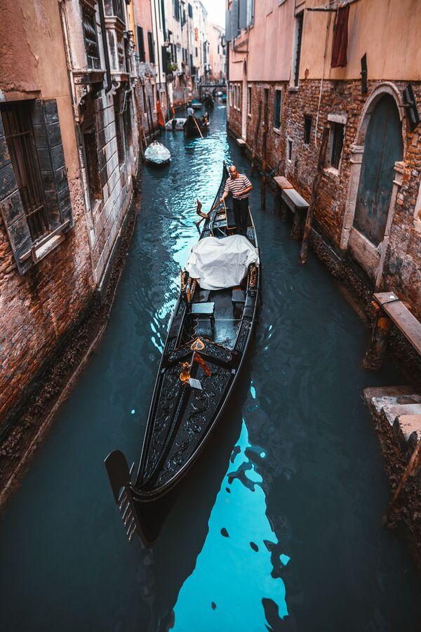 Lo scatto Città sull'acqua di un fotografo russo al concorso The World's Best Photos of #Water2020. - Sputnik Italia