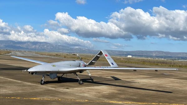 Drone turco Bayraktar TB2 - Sputnik Italia