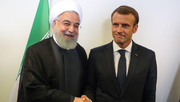 Hassan Rohani e Emmanuel Macron - Sputnik Italia