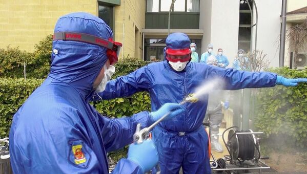 Specialisti russi al lavoro ad Alzano Lombardo e Nembro - Sputnik Italia