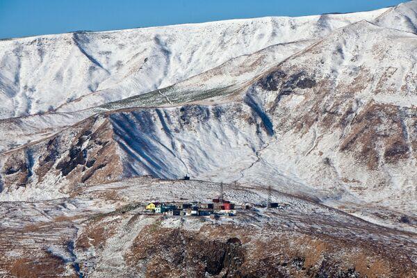 Il faro e la stazione meteorologica di Moneron, Russia - Sputnik Italia