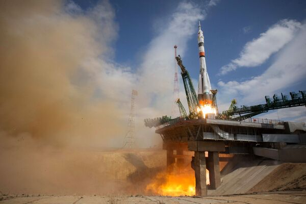 Lancio della nave spaziale Soyuz-2.1a con la capsula Soyuz MS-16 che trasporta l'equipaggio ISS-63 dal cosmodromo di Baikonur - Sputnik Italia