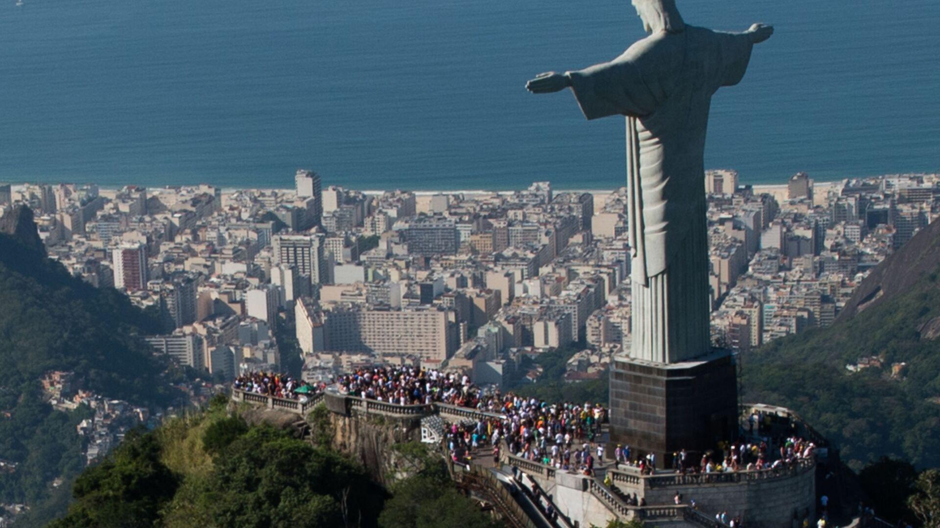 La statua di Cristo Redentore a Rio de Janeiro, Brasile - Sputnik Italia, 1920, 12.04.2021