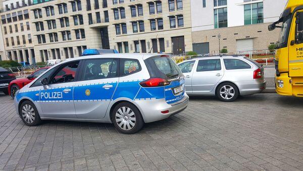 Auto della polizia a Berlino - Sputnik Italia