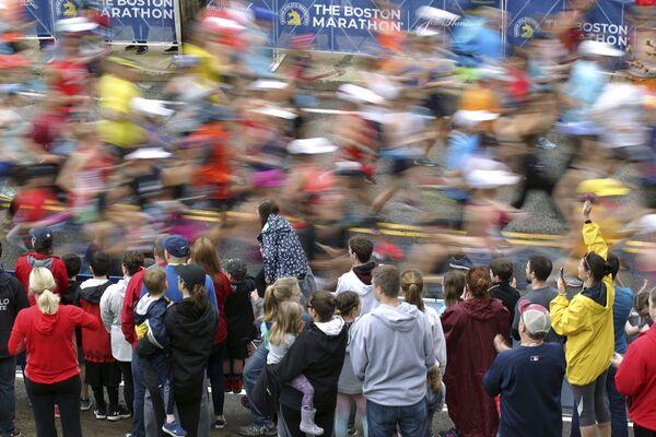 I fan e i partecipanti alla maratona di Boston, USA, 15 aprile 2019. - Sputnik Italia