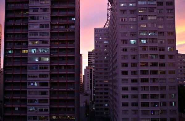 Edifici al tramonto a San Paolo, Brasile - Sputnik Italia