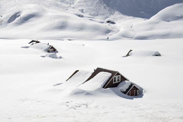 Le case a Vikafjell nella Norvegia orientale - Sputnik Italia