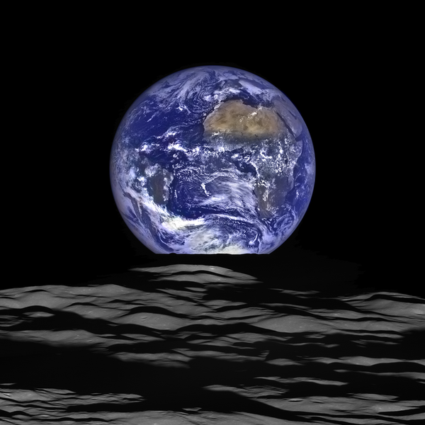 La Terra vista dall'orbita della Luna. - Sputnik Italia
