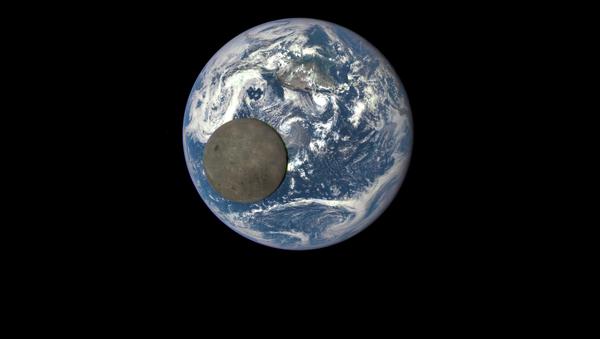 Luna davanti alla Terra - Sputnik Italia