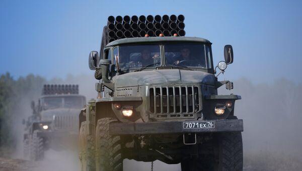 In Russia occidentale iniziate esercitazioni militari di artiglieria su larga scala - Sputnik Italia