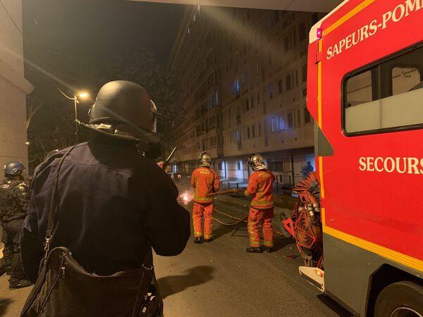 Disordini nelle banlieue a Parigi, 22 aprile 2020 - Sputnik Italia