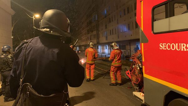 Disordini nelle banlieu a Parigi, 22 aprile 2020 - Sputnik Italia