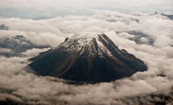 Il Nevado del Tolima è uno stratovulcano che si trova in Colombia - Sputnik Italia