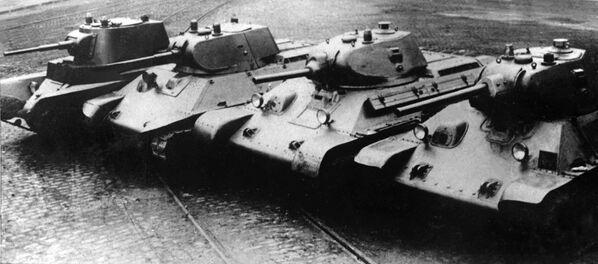 Carri armati sovietici da BT-7 a T-34 - Sputnik Italia
