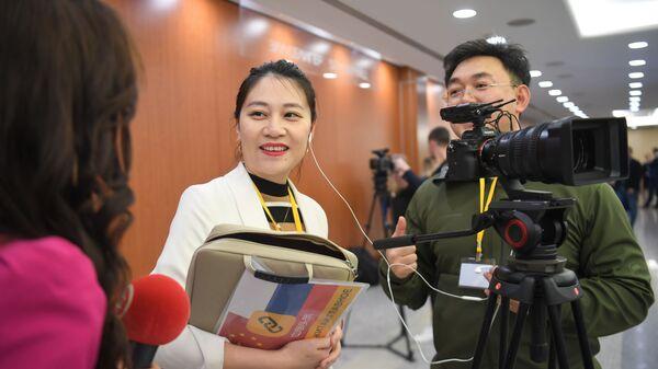 Giornalisti cinesi - Sputnik Italia