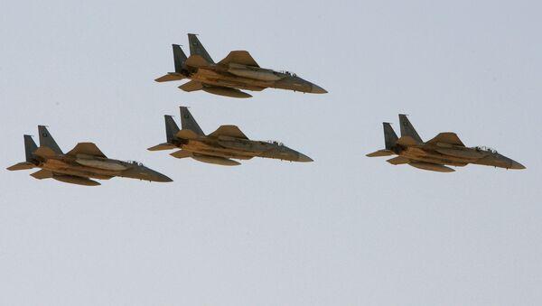 Caccia F-15 dell'aeronautica militare saudita - Sputnik Italia