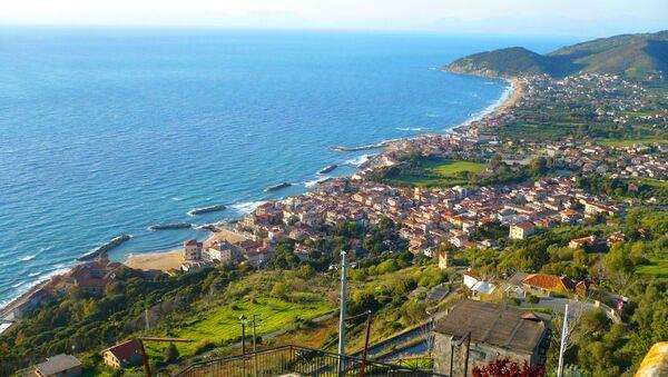 Il panorama di Santa Maria di Castellabate  - Sputnik Italia