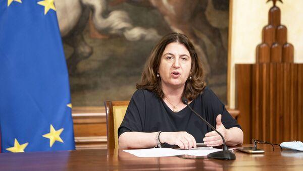 Il Ministro Nunzia Catalfo (Lavoro e Politiche Sociali) durante le dichiarazioni alla stampa al termine della riunione del Consiglio dei Ministri. - Sputnik Italia