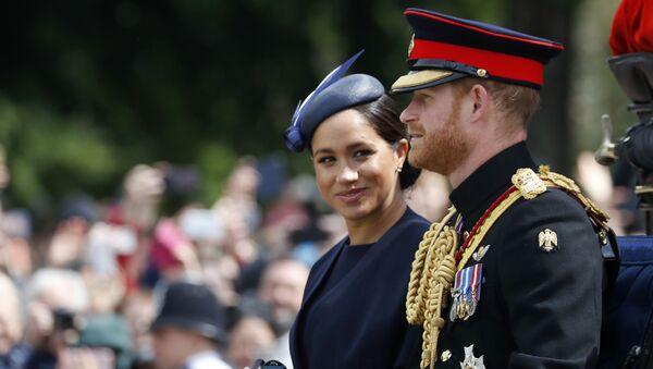 Principe Harry e Meghan Markle - Sputnik Italia