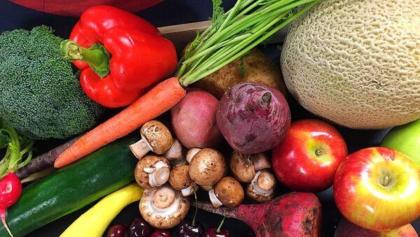 Frutas y verduras (imagen referencial) - Sputnik Italia