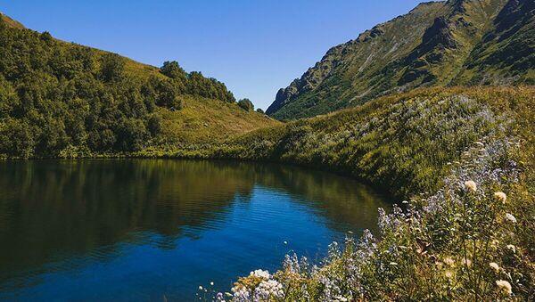 Il lago di Maloye a Sochi - Sputnik Italia
