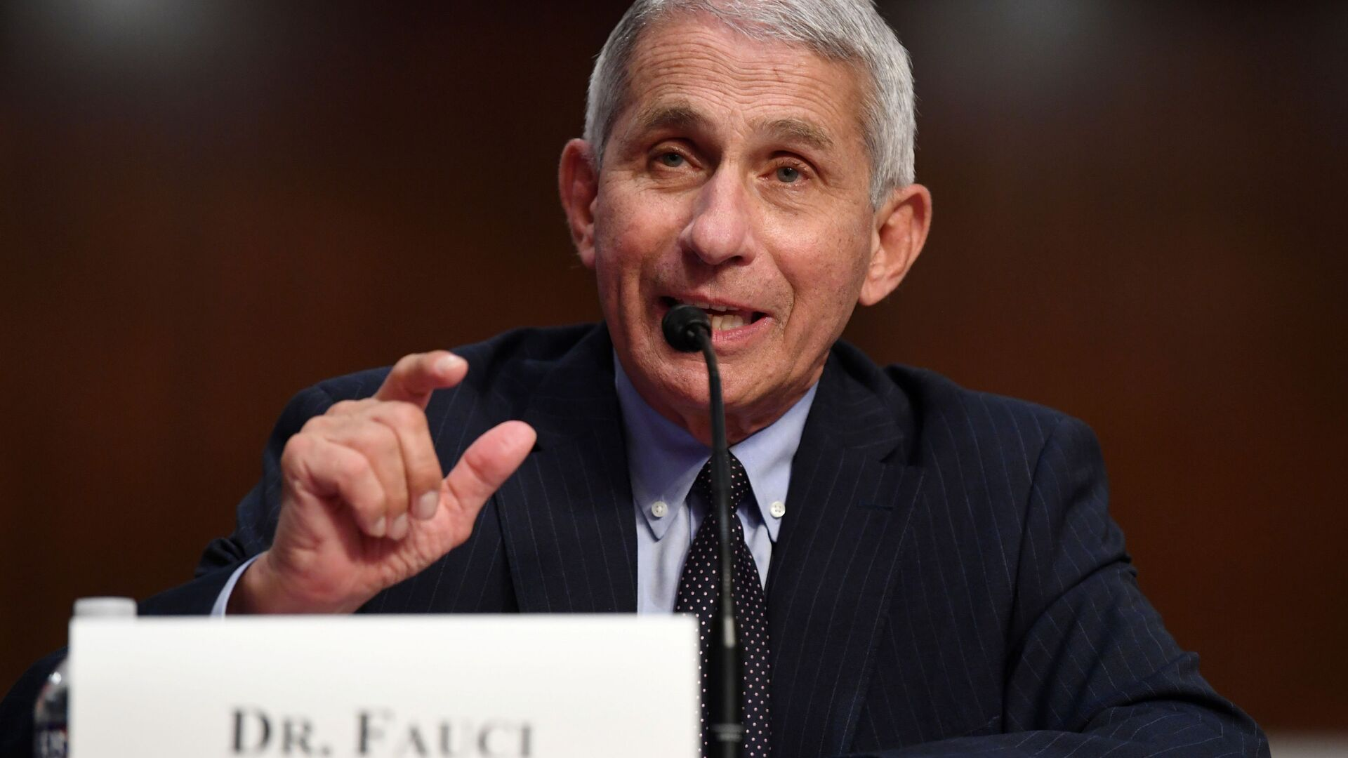 Dr Anthony Fauci, director of the National Institute for Allergy and Infectious Diseases, testifies during a Senate Health, Education, Labor and Pensions (HELP) Committee hearing on Capitol Hill in Washington, U.S., June 30, 2020. - Sputnik Italia, 1920, 31.05.2021