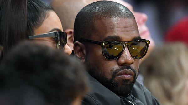 Kim Kardashian e il rapper Kanye West - Sputnik Italia