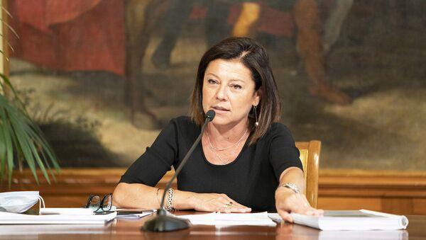 La Ministra delle Infrastrutture e dei Trasporti, Paola De Micheli, in conferenza stampa sul Dl Semplificazioni - Sputnik Italia