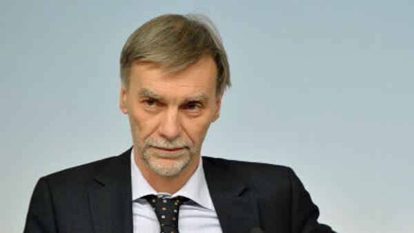 Итальянский политик Грациано Дельрио - Sputnik Italia