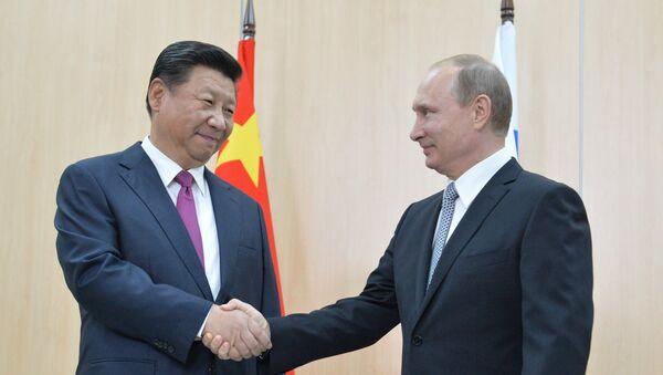 Vladimir Putin incontra il presidente cinese Xi Jinping - Sputnik Italia