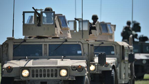Marines USA durante esercitazioni militari in Romania - Sputnik Italia