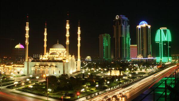 Il complesso di Grozny City e la Moschea Cuore della Cecenia - Sputnik Italia